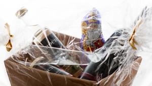 Geschenksverpackung Wein und Nikolo